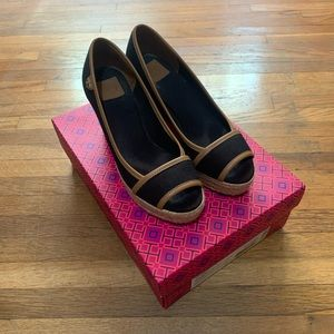 Black Canvas Tory Burch Espadrille Wedge Size 5.5